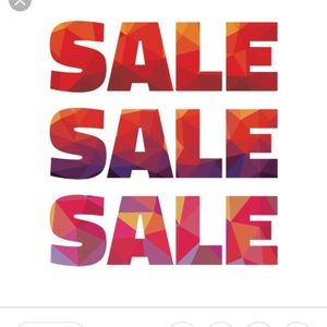 💥💥Closet clear out sale! 💥💥